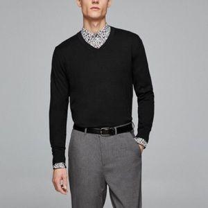 Zara Mens black V-neck sweater
